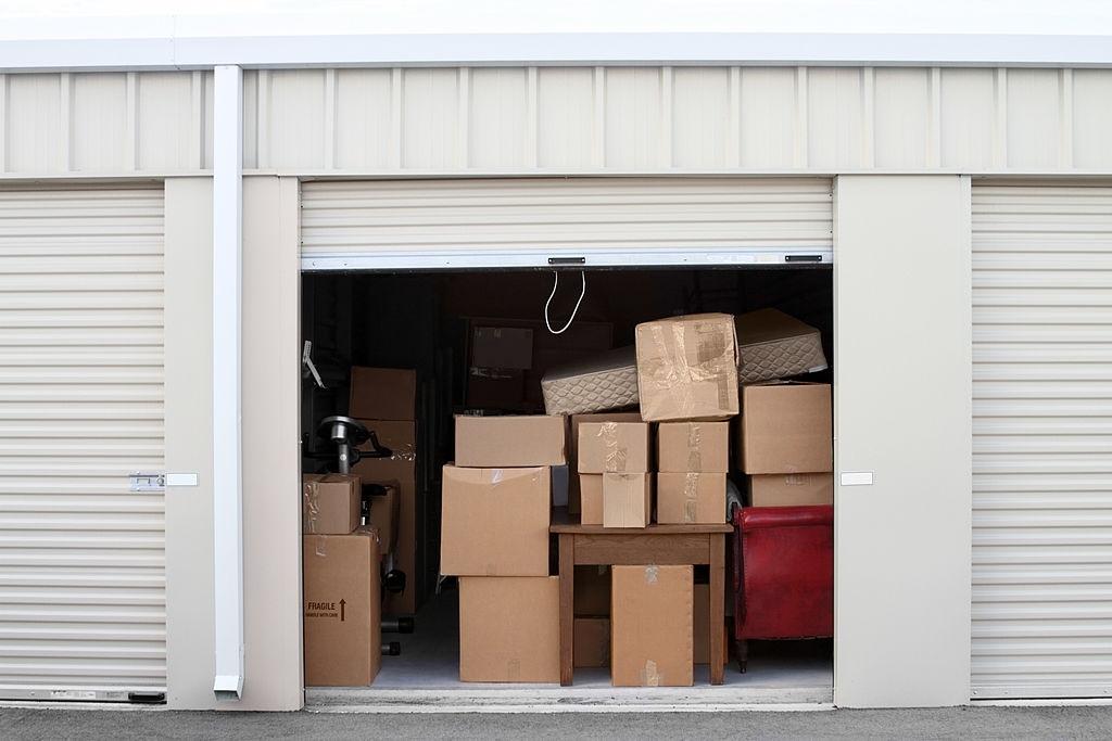 aris moving storage service