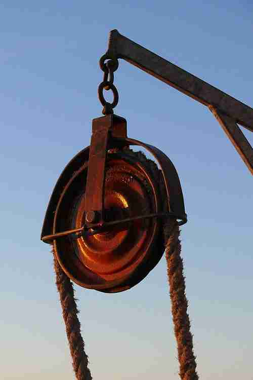 Lift Heavy Objects With Pulley